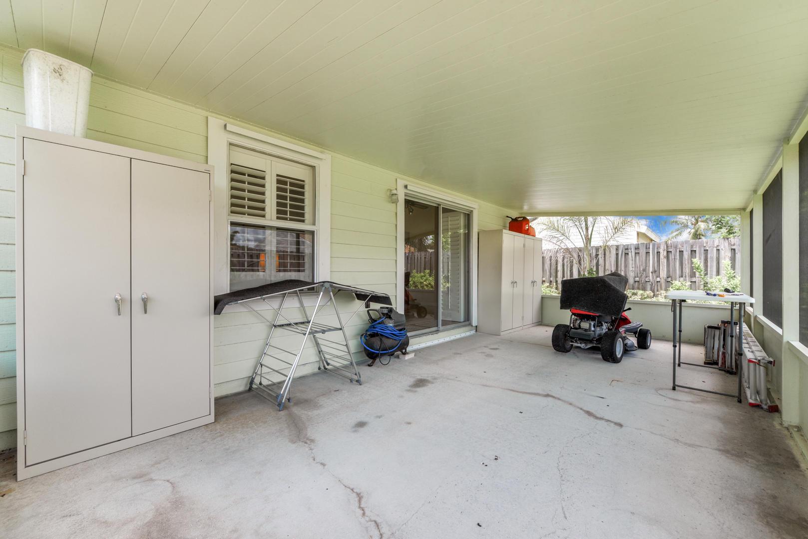 7810 Blairwood Circle Lake Worth, FL 33467 photo 19