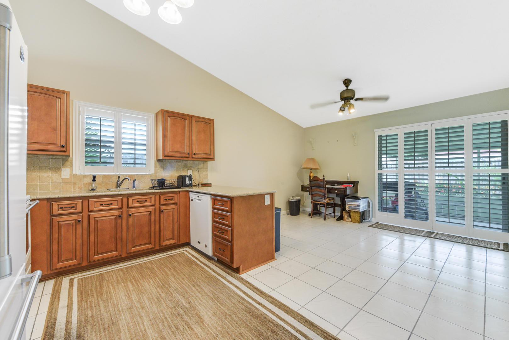 7810 Blairwood Circle Lake Worth, FL 33467 photo 7
