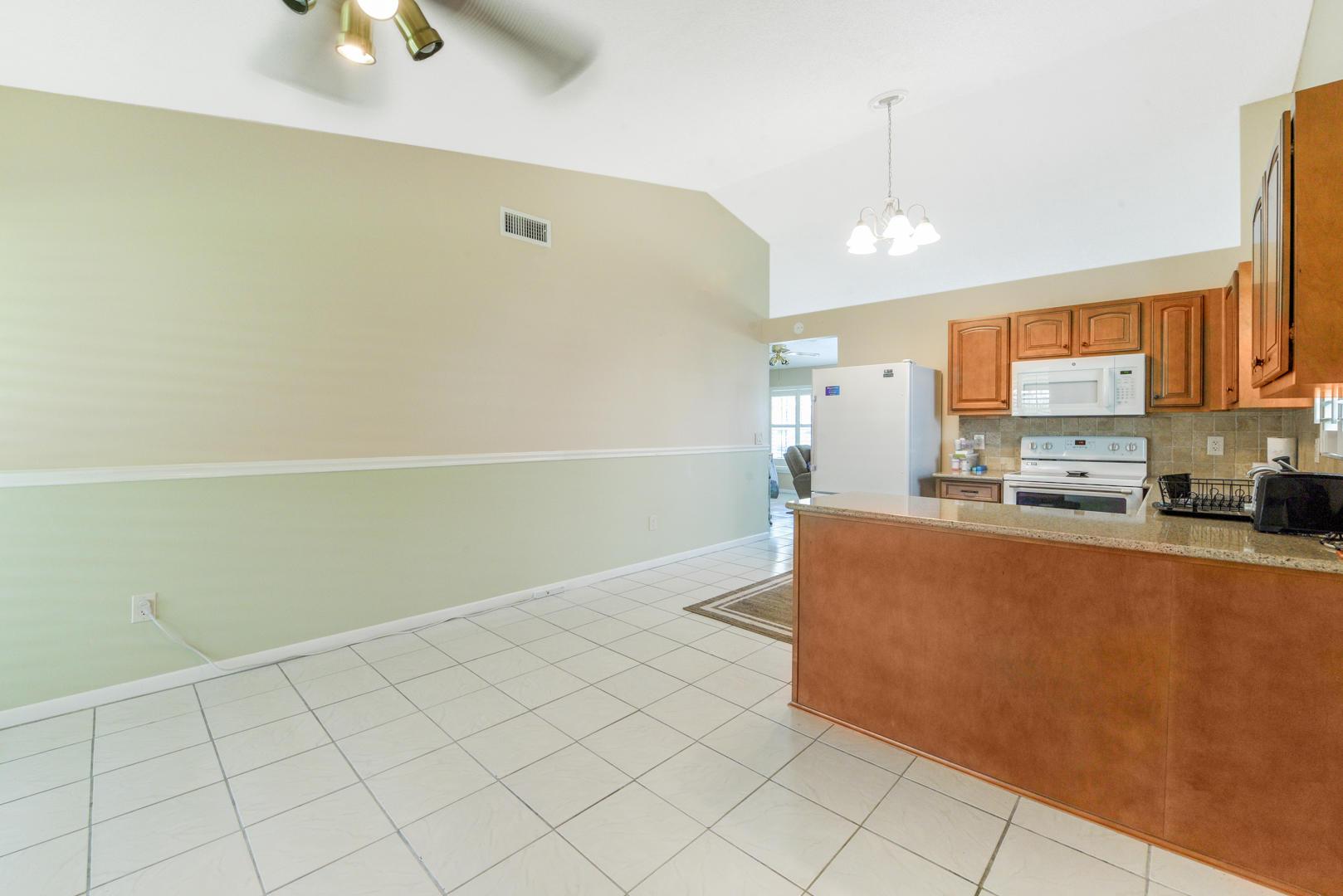 7810 Blairwood Circle Lake Worth, FL 33467 photo 9
