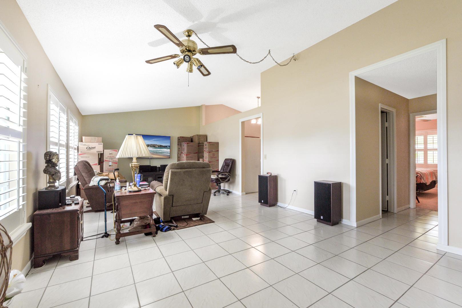 7810 Blairwood Circle Lake Worth, FL 33467 photo 8