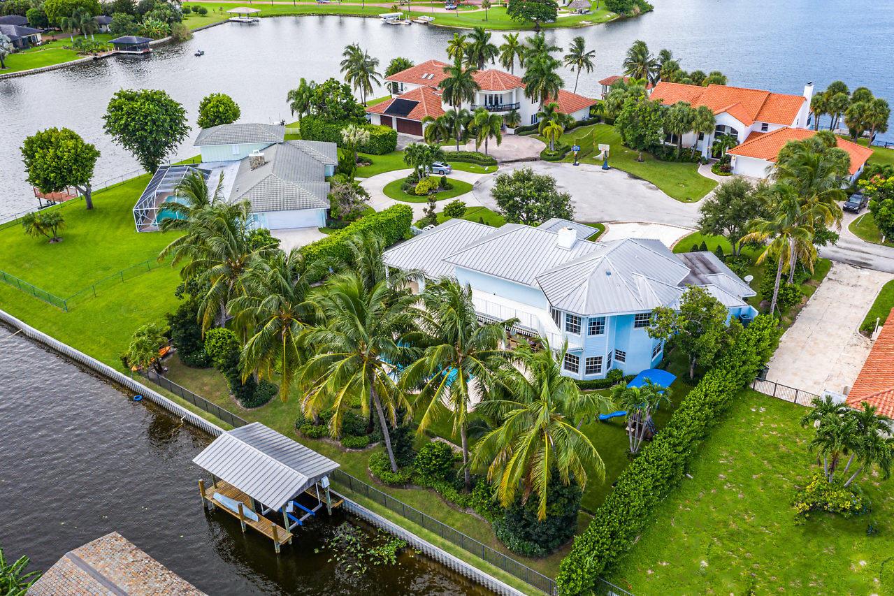 Home for sale in Lake Ida / Lake Eden Delray Beach Florida