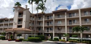 HUNTINGTON POINTE home 6149 Pointe Regal Circle Delray Beach FL 33484