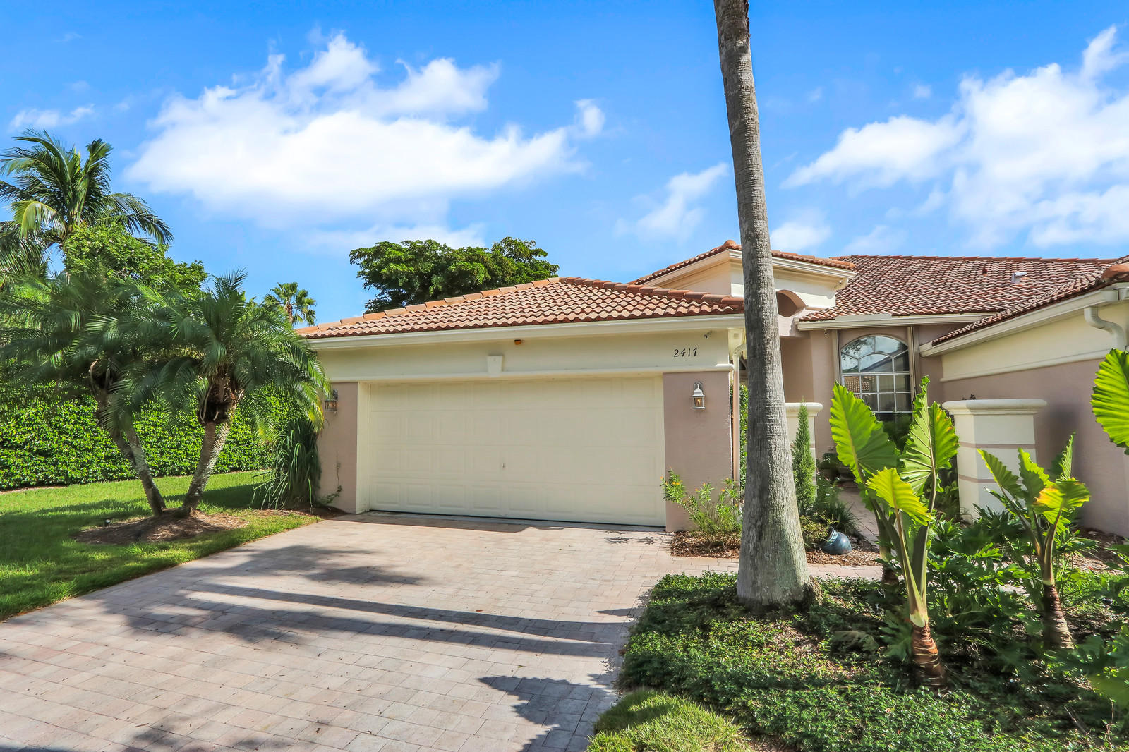 2417 Sandy Cay West Palm Beach, FL 33411