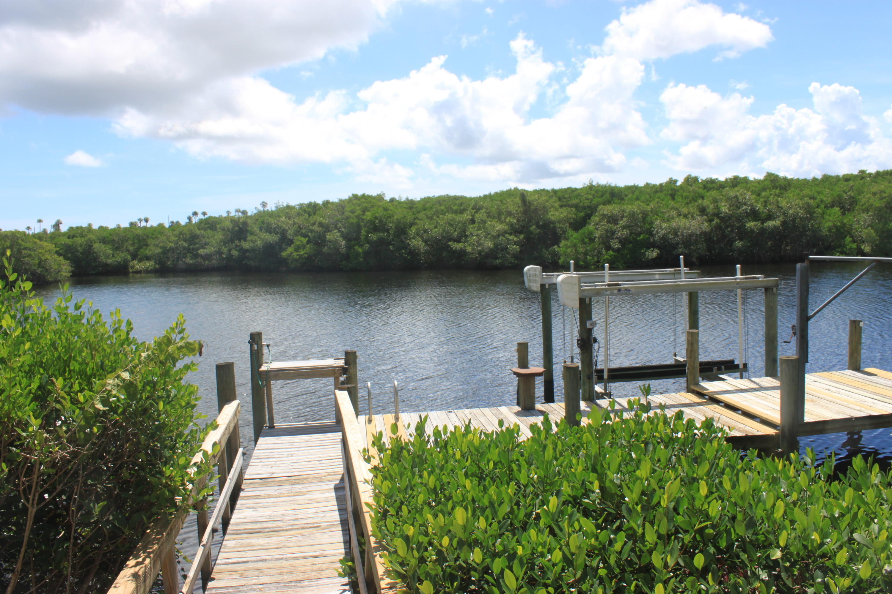 PORT ST LUCIE-SECTION 10- BLK 543 LOT 2 (MAP 44/03S) (OR 3541-2499)