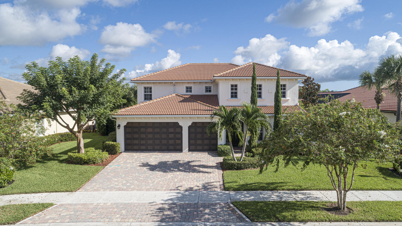 Photo of 127 Manor Circle, Jupiter, FL 33458