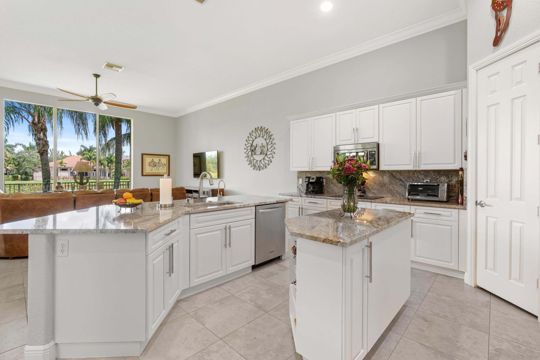 8941 Club Estates Way Lake Worth, FL 33467 photo 6