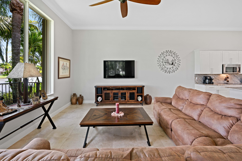 8941 Club Estates Way Lake Worth, FL 33467 photo 13