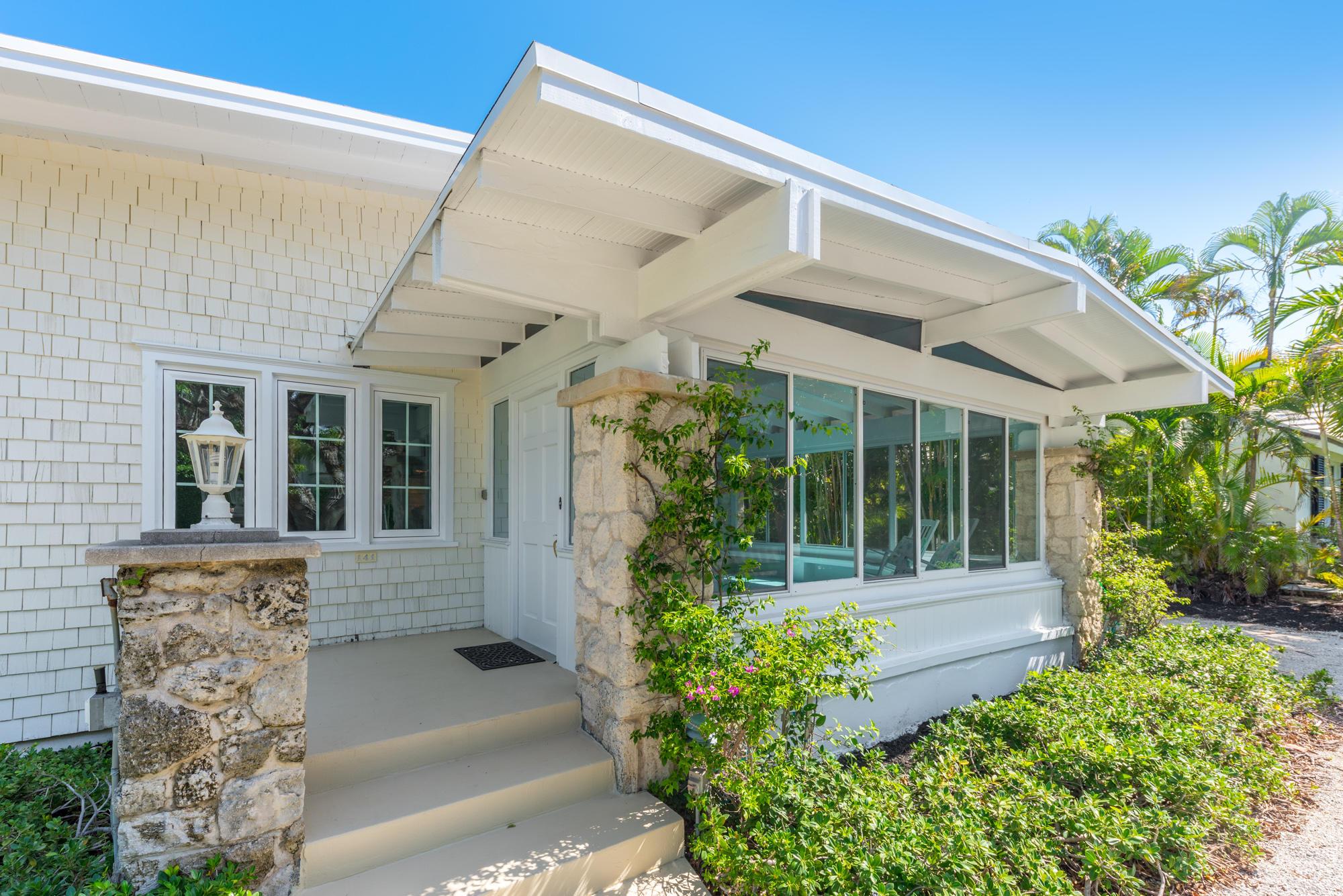 141 Chilean Avenue, Palm Beach, Florida 33480, 4 Bedrooms Bedrooms, ,3 BathroomsBathrooms,Rental,For Rent,Chilean,RX-10557889