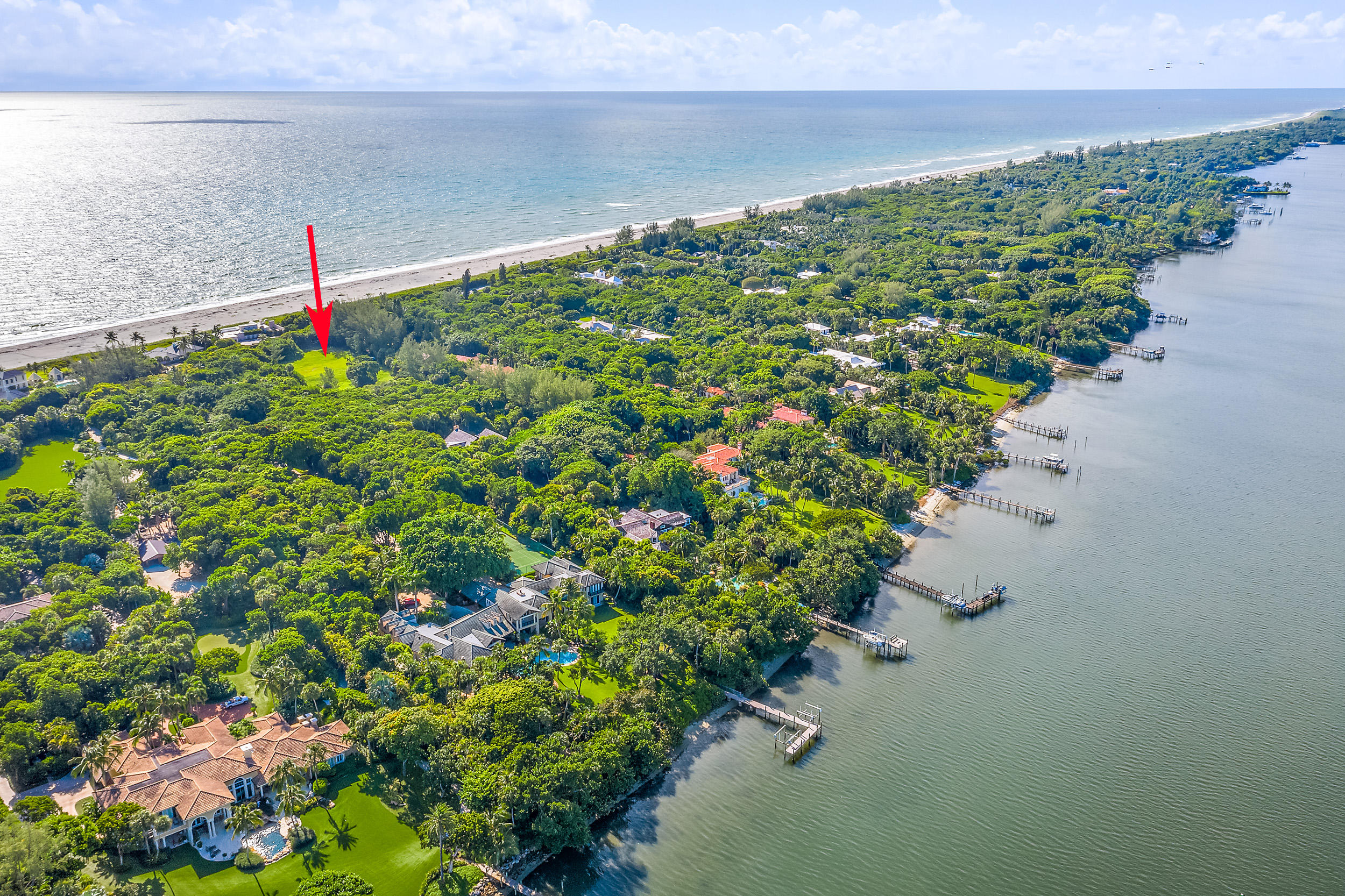 302 S Beach Road , Hobe Sound FL 33455 is listed for sale as MLS Listing RX-10558807 photo #2