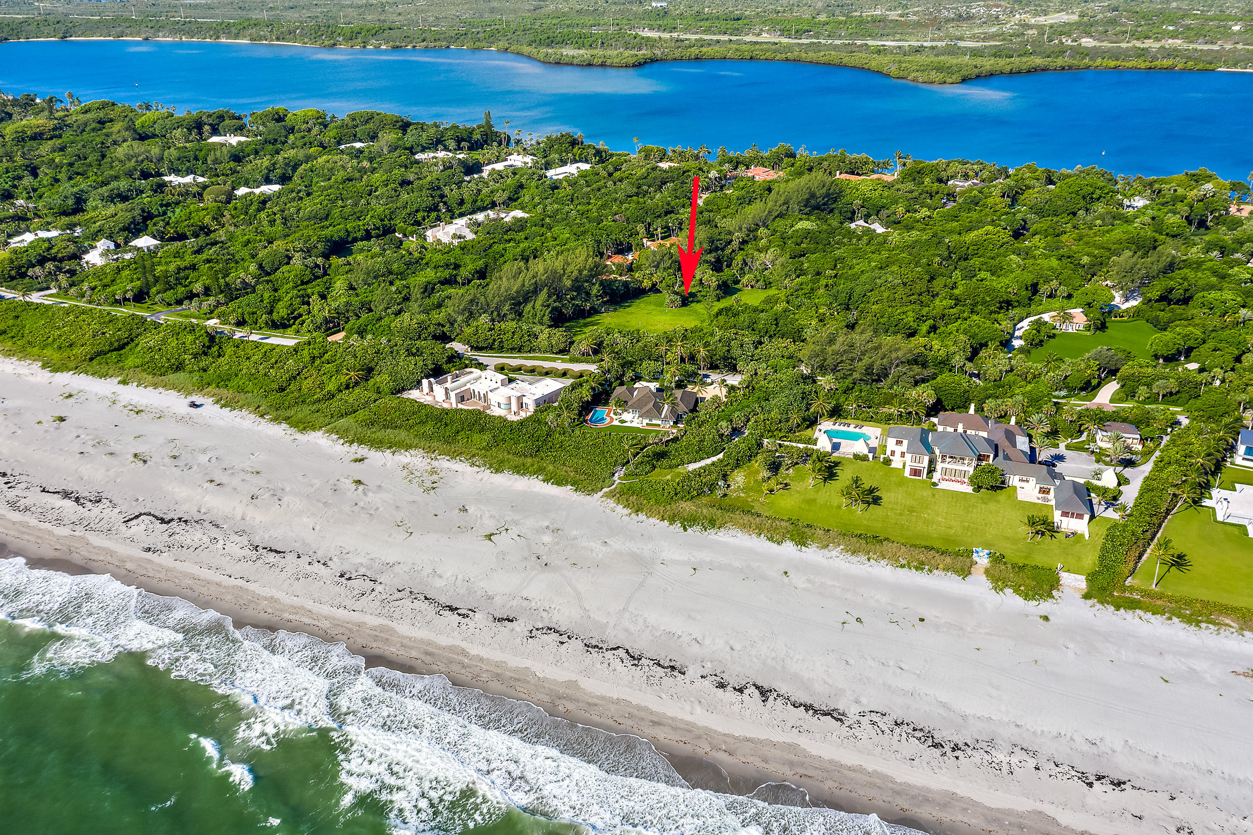 302 S Beach Road , Hobe Sound FL 33455 is listed for sale as MLS Listing RX-10558807 photo #5
