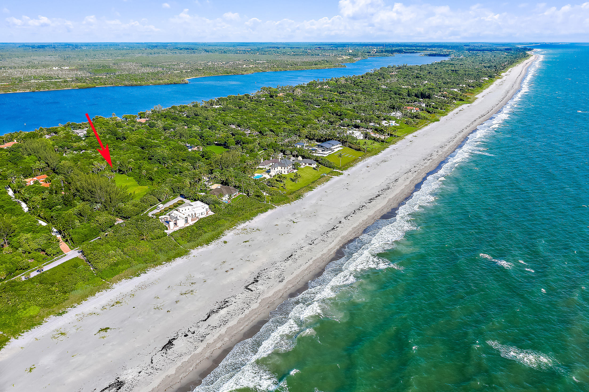 302 S Beach Road , Hobe Sound FL 33455 is listed for sale as MLS Listing RX-10558807 photo #6