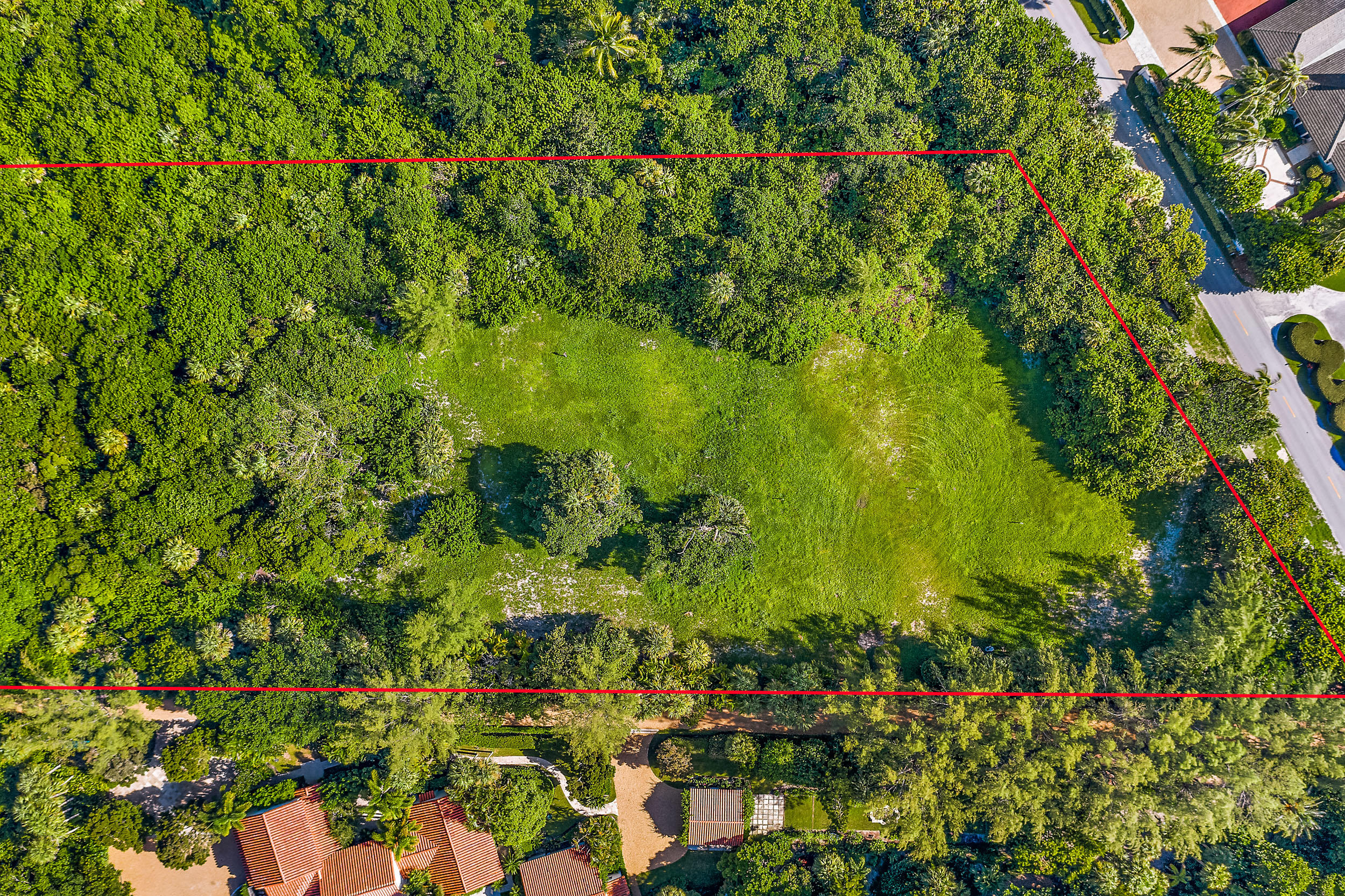 302 S Beach Road , Hobe Sound FL 33455 is listed for sale as MLS Listing RX-10558807 photo #8