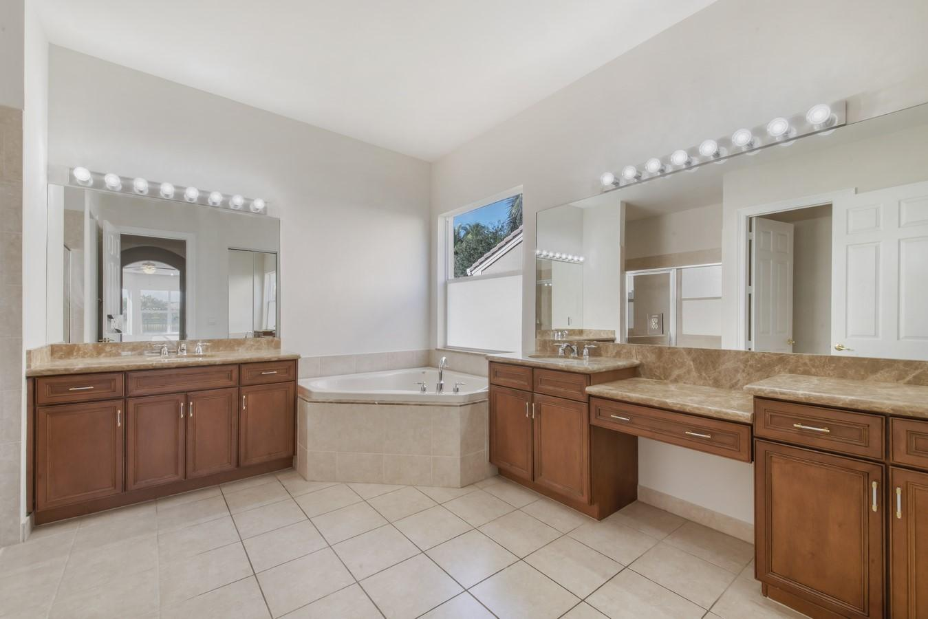 10908 Sunset Ridge Circle Boynton Beach, FL 33473 photo 22