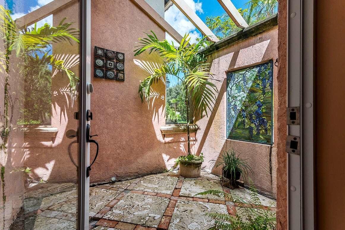 STEEPLECHASE PALM BEACH GARDENS FLORIDA
