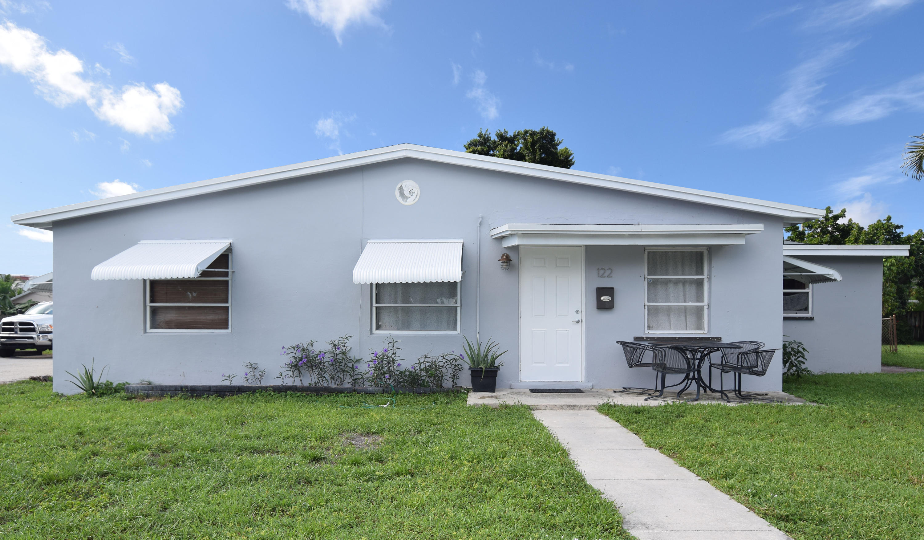 122 SE 9th Avenue Boynton Beach, FL 33435