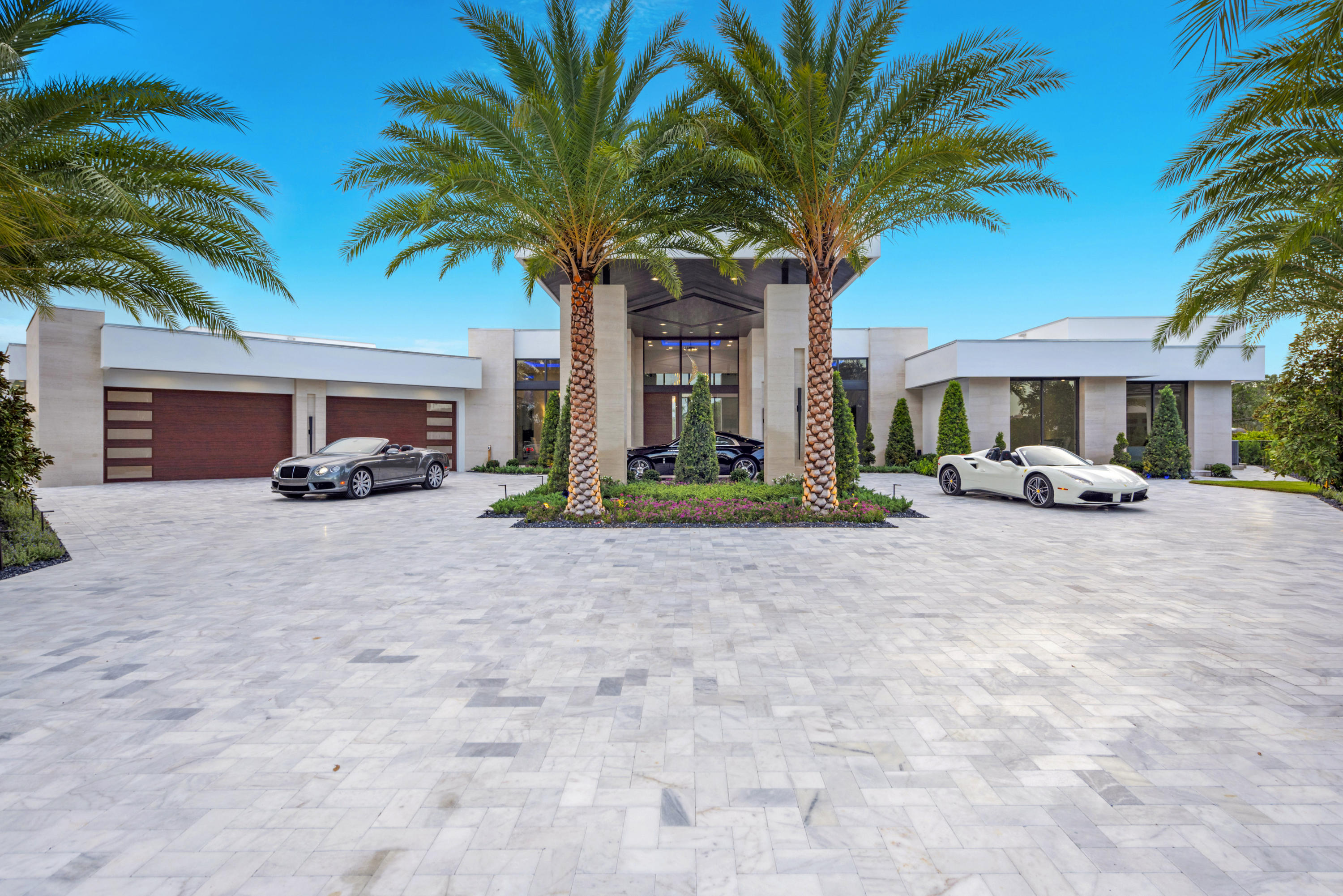 4041  Country Club Lane , Fort Lauderdale FL 33308 is listed for sale as MLS Listing RX-10558465 photo #3