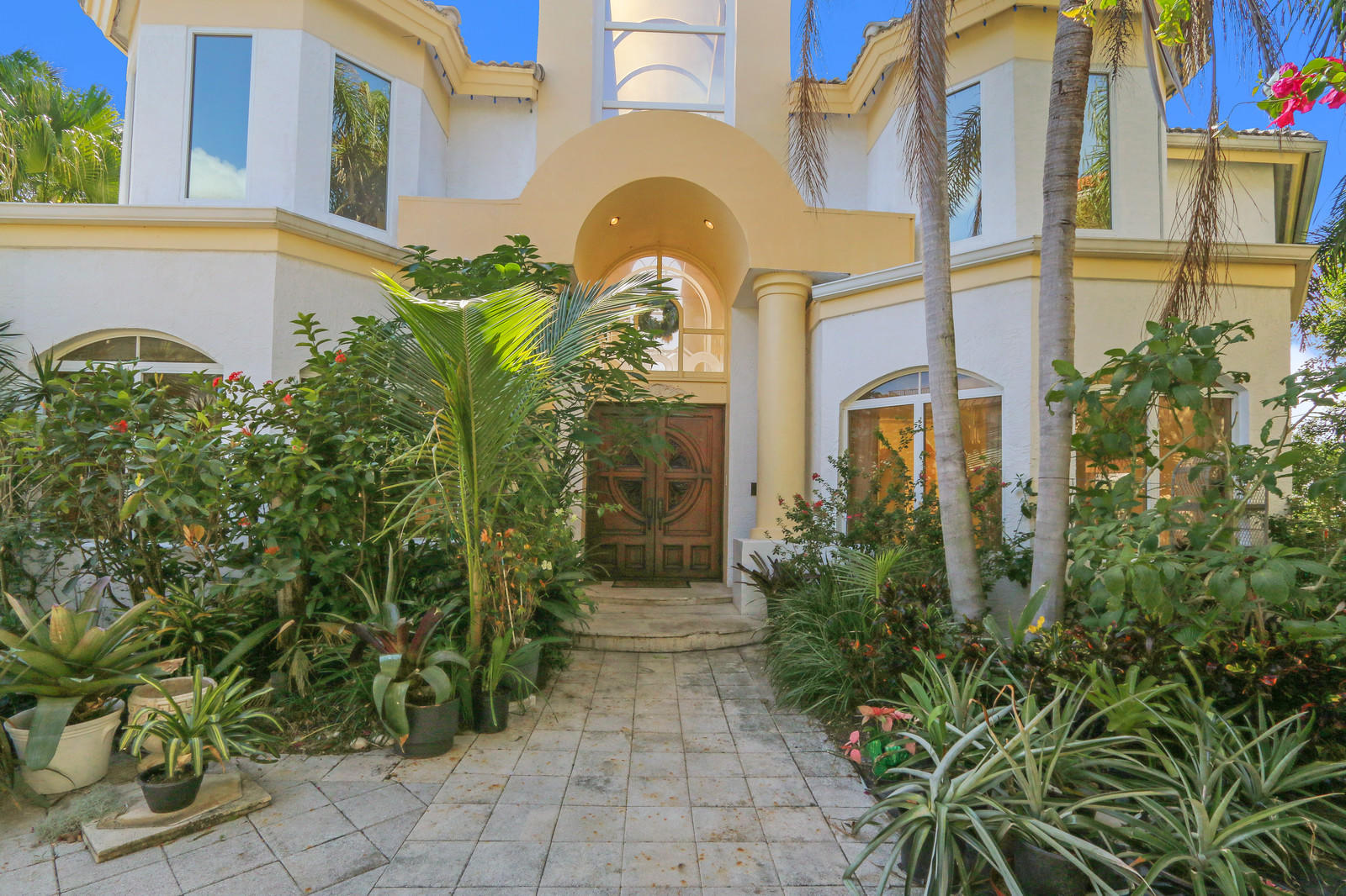 DELRAY BCH SHORES PROPERTY