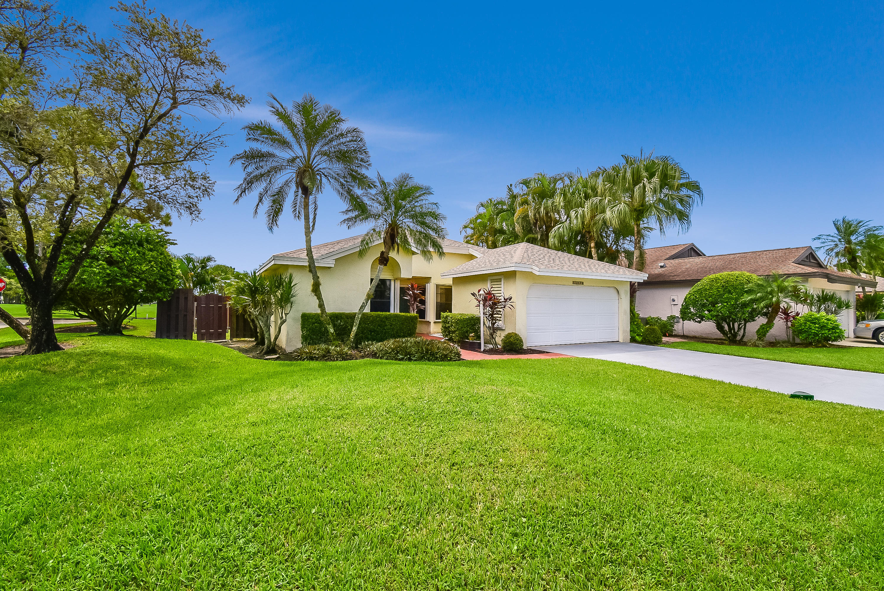 Photo of 13352 Touchstone Court, Palm Beach Gardens, FL 33418
