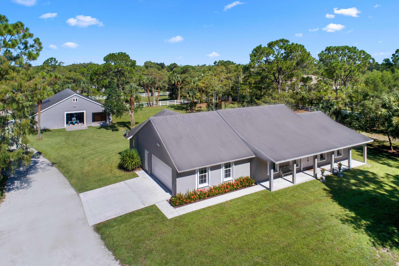 2137 Fawn Drive - Loxahatchee, Florida