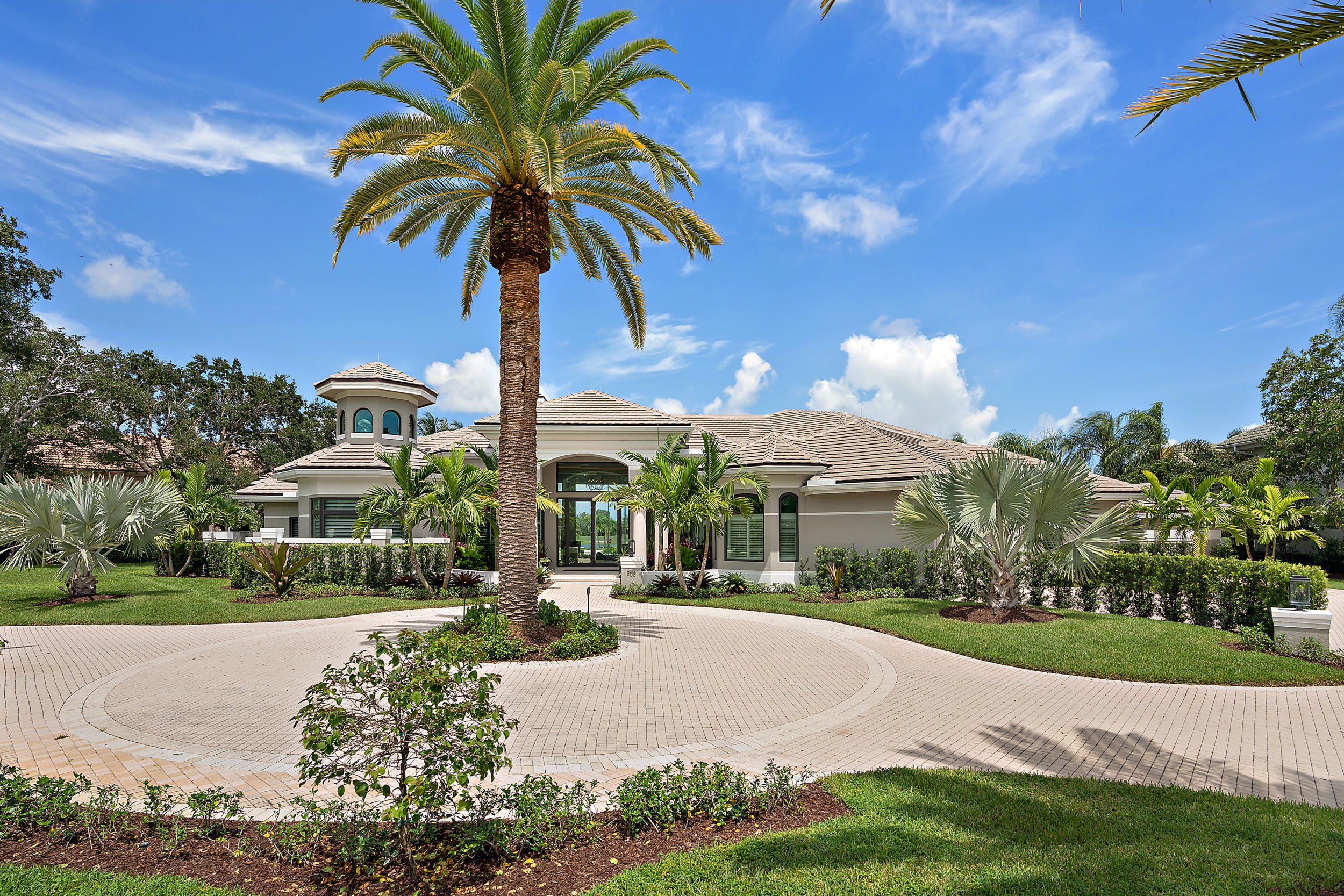 208  Locha Drive , Jupiter FL 33458 is listed for sale as MLS Listing RX-10558998 photo #5