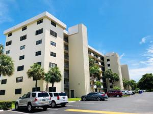 2430  Deer Creek Country Club Boulevard 401-2 For Sale 10542128, FL