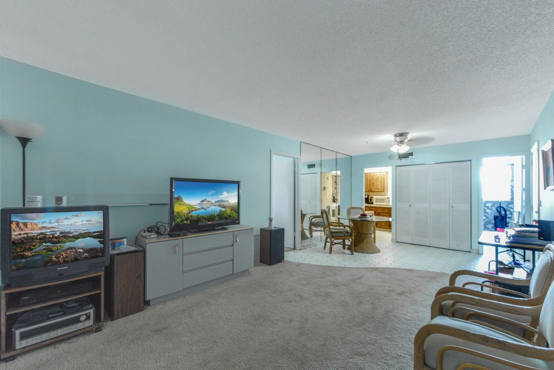 408 Lake Carol Drive 408 West Palm Beach, FL 33411 photo 5