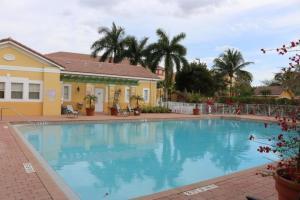 Shoma Villas Ii At Royal Palm Condoiu