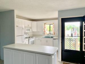 1501 NE 13th Terrace 14 For Sale 10531336, FL