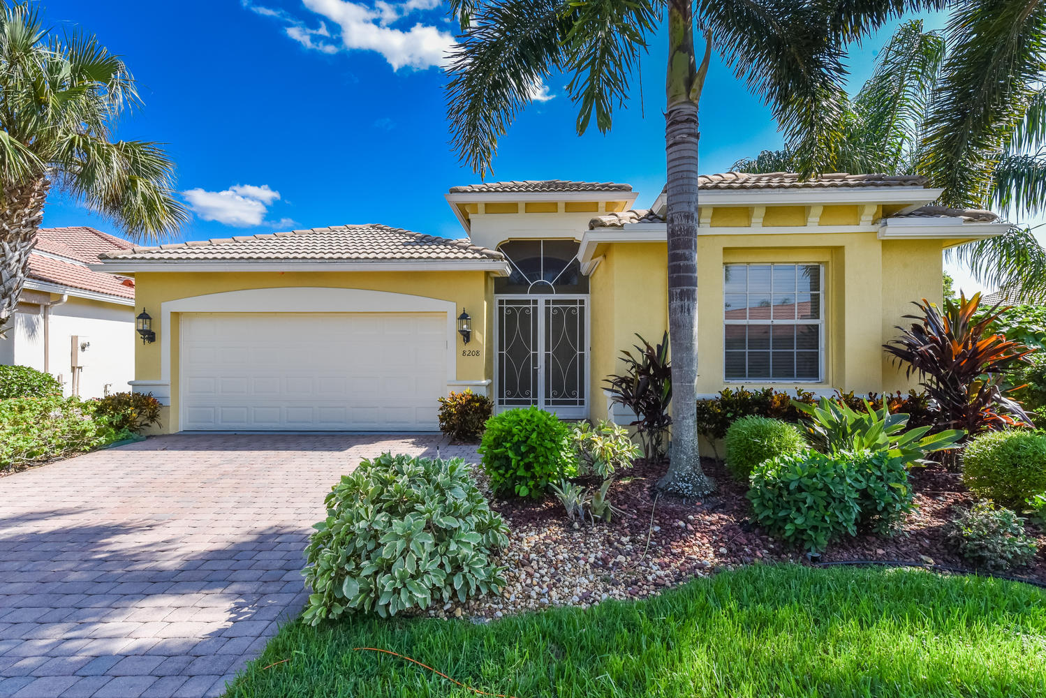 8208 Parini Way Lake Worth, FL 33467