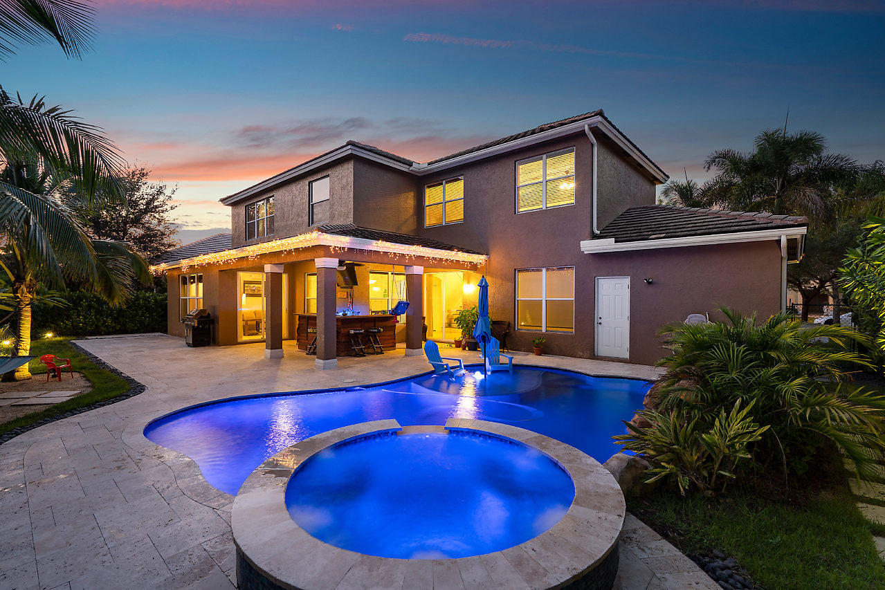 9090 Sedgewood Drive Lake Worth, FL 33467