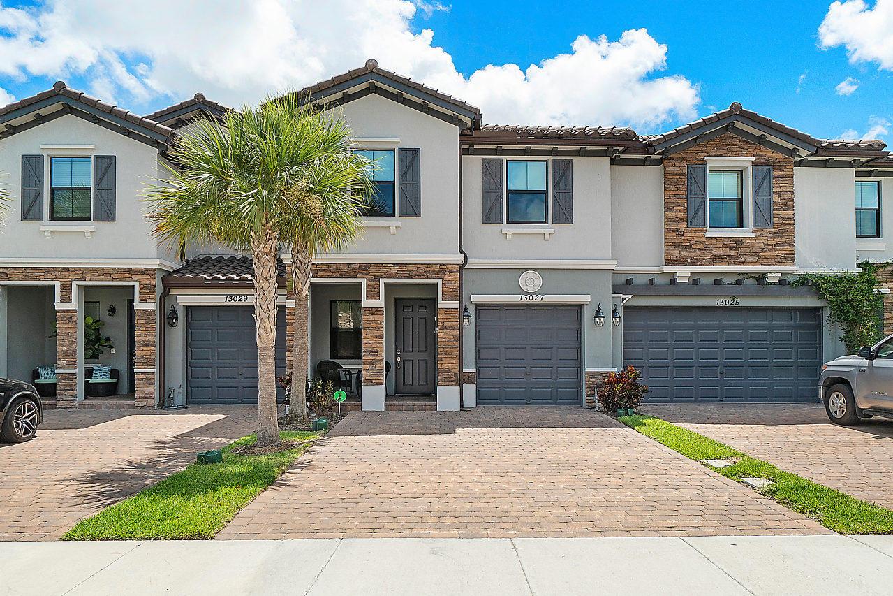 Home for sale in Canria Parc Boynton Beach Florida