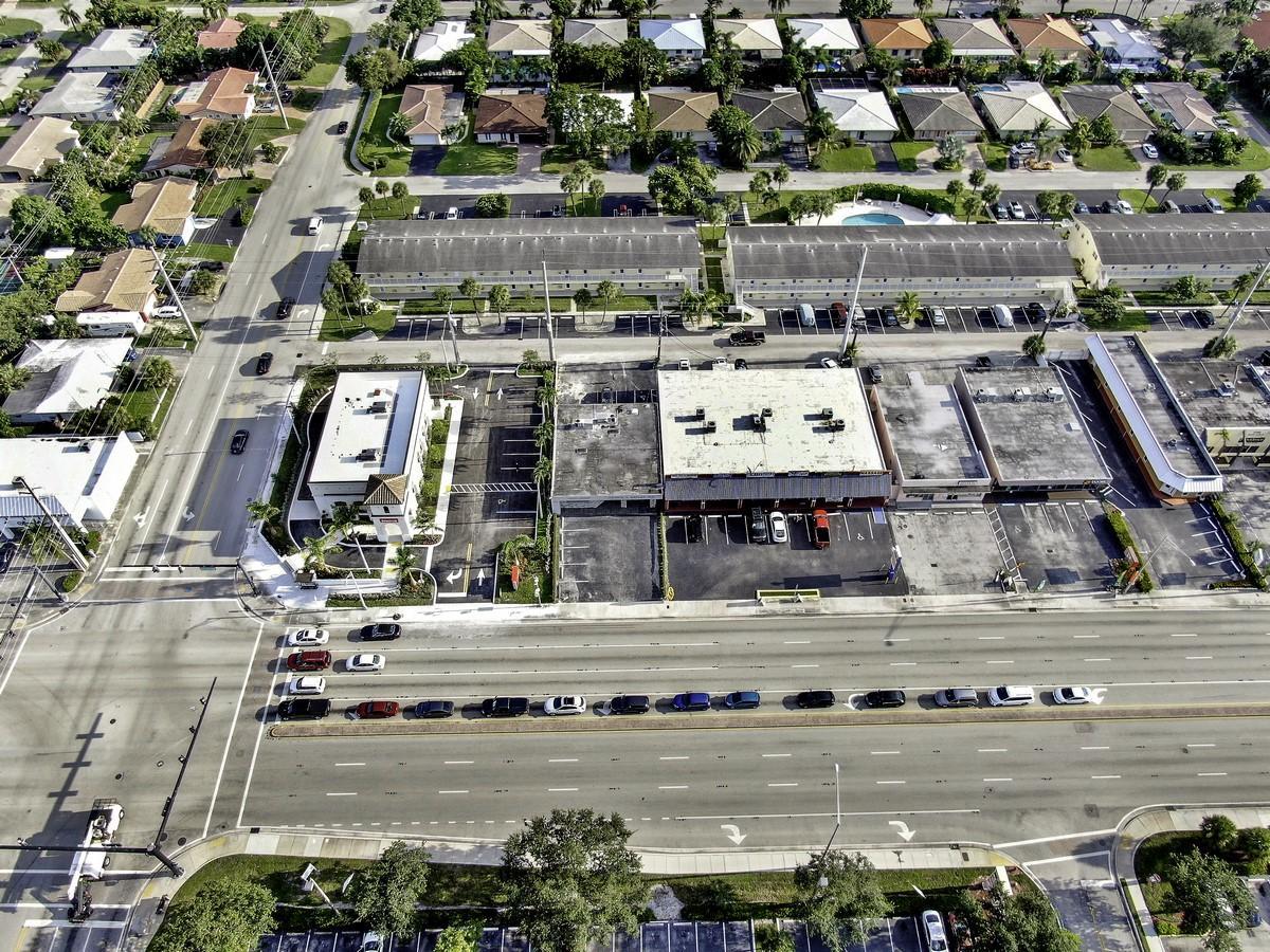 1754 E Commercial Boulevard Fort Lauderdale, FL 33334 photo 28