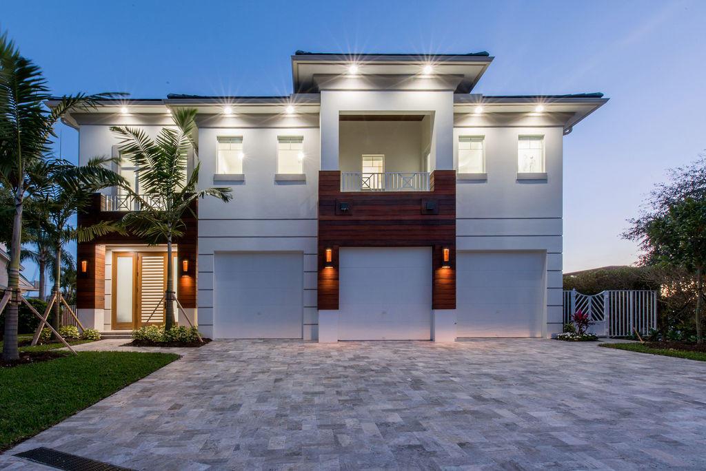 924 Evergreen Drive  Delray Beach, FL 33483