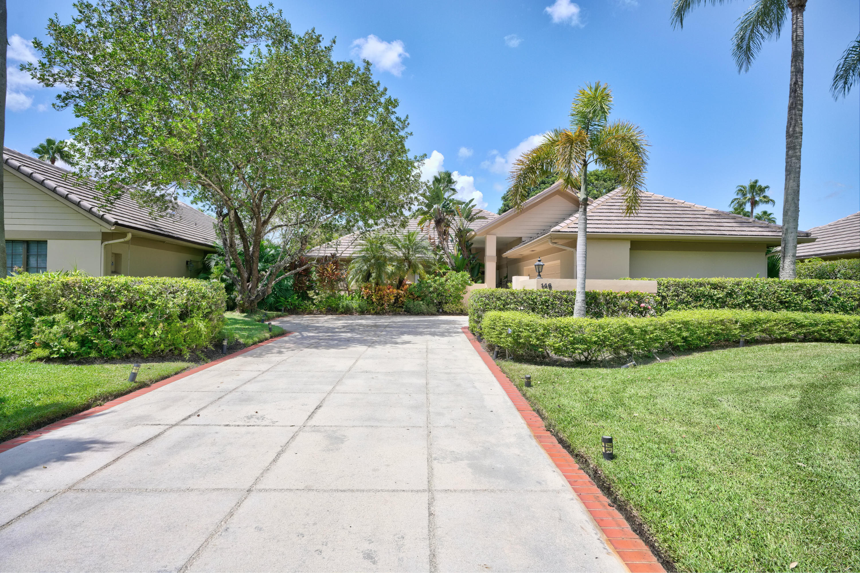 146 Coventry Place, Palm Beach Gardens, Florida 33418, 3 Bedrooms Bedrooms, ,2.1 BathroomsBathrooms,A,Single family,Coventry,RX-10559919