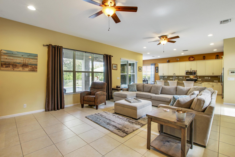 9271 Madewood Court Royal Palm Beach, FL 33411 photo 9