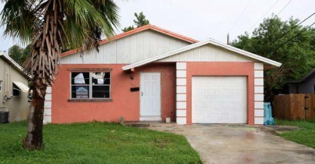 908 SW 2nd Street  Boynton Beach, FL 33435