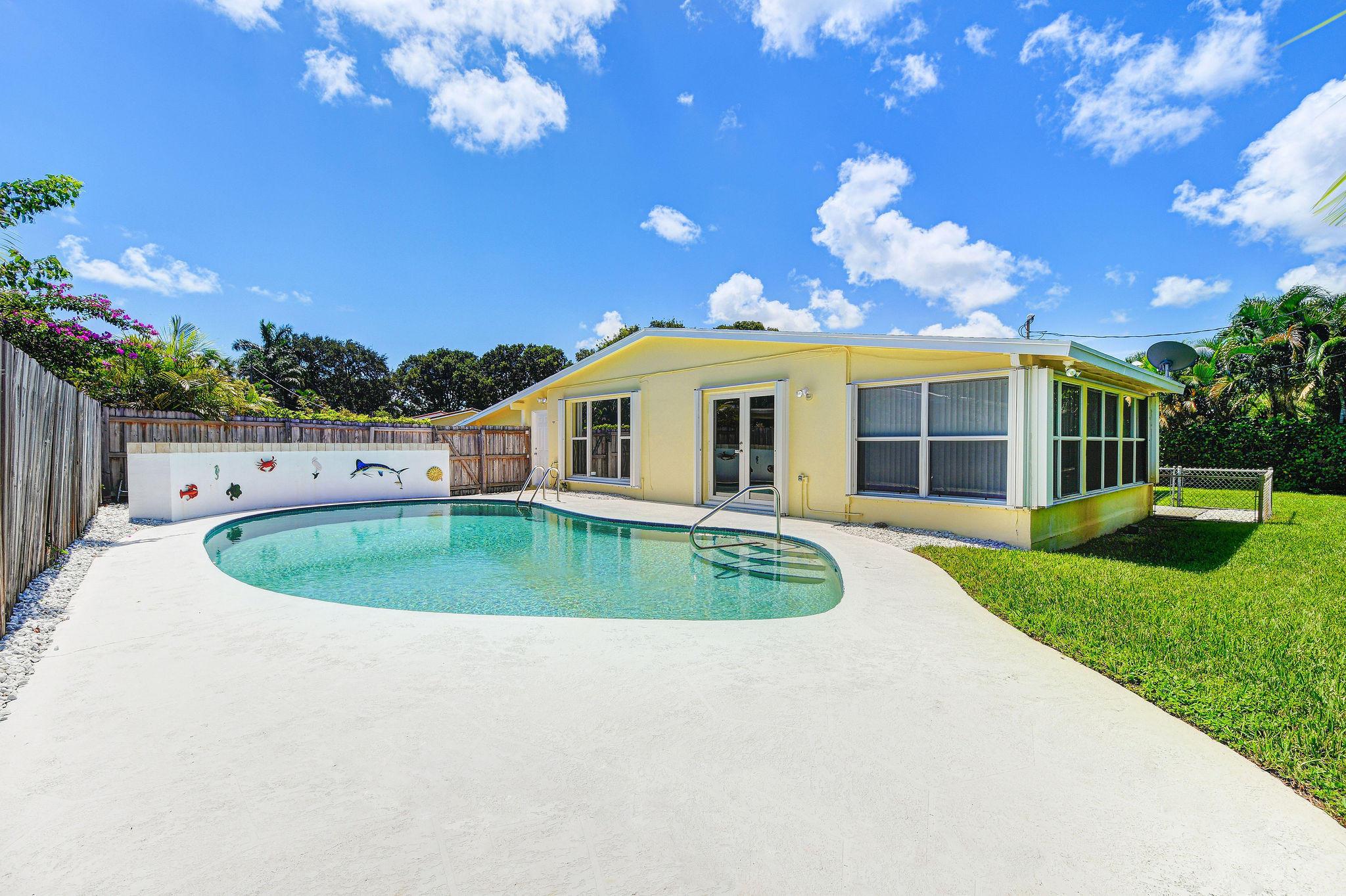 529 Bay Road  North Palm Beach FL 33408