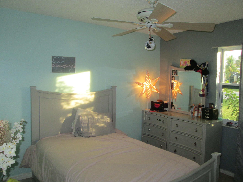 2497 SW Warwick Street Port Saint Lucie, FL 34953 photo 8