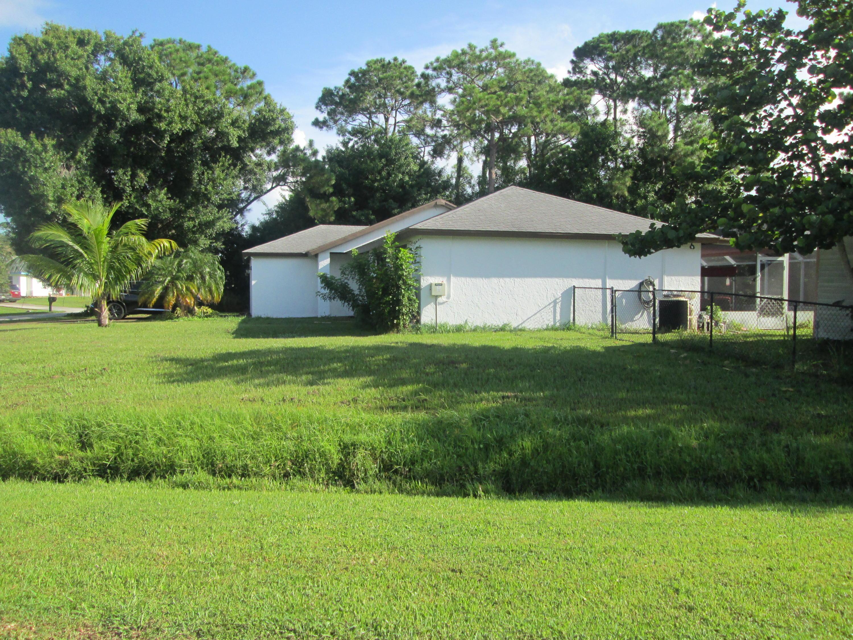 2497 SW Warwick Street Port Saint Lucie, FL 34953 photo 16