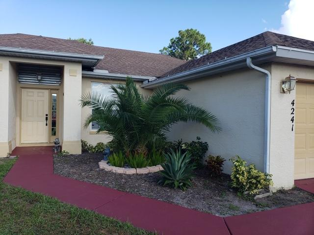 4241 SW Yalta Street Port Saint Lucie, FL 34953 photo 2