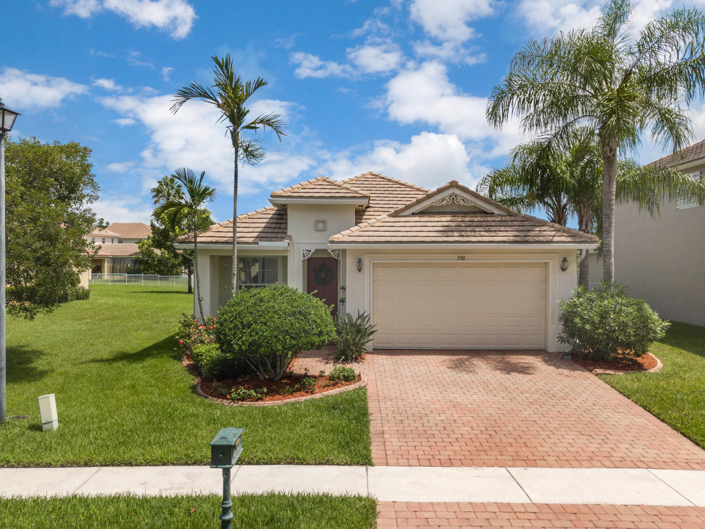 390 Belle Grove Lane Royal Palm Beach, FL 33411
