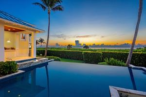 33  Hersey Drive  For Sale 10518576, FL