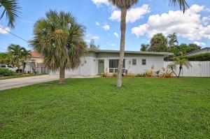 526 NE 8th Avenue  For Sale 10560675, FL