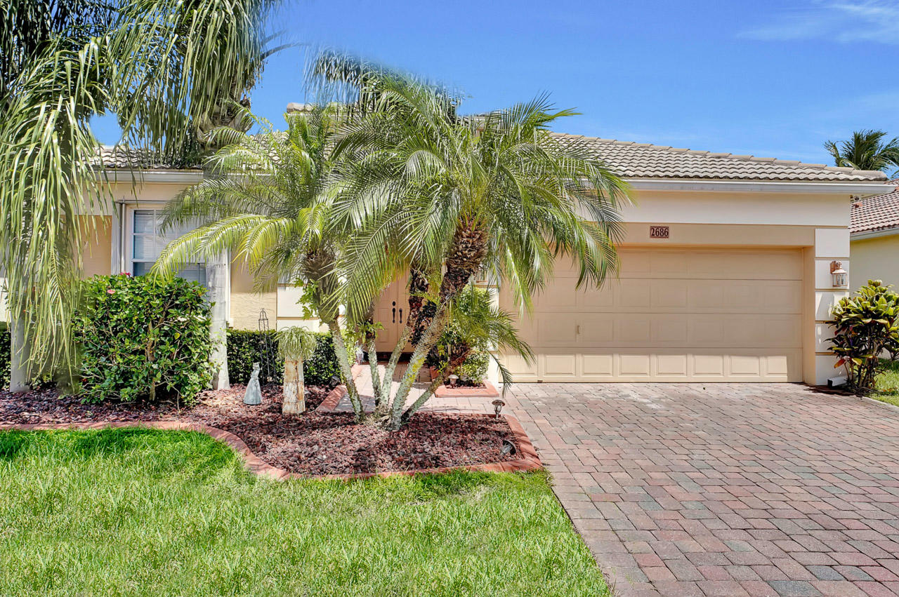 2686 Paw Paw Cay West Palm Beach, FL 33411