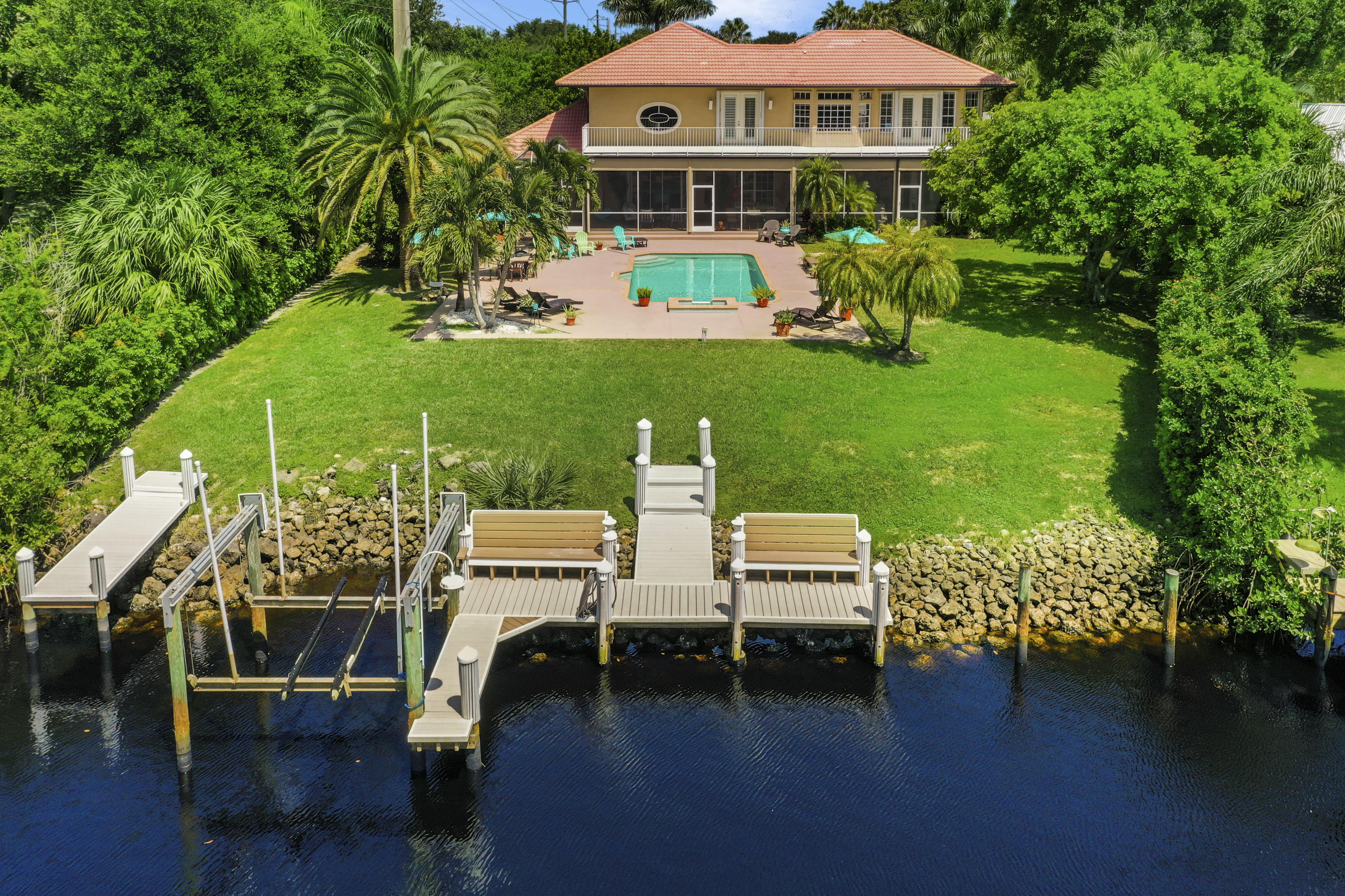 LOXAHATCHEE LANDING REAL ESTATE