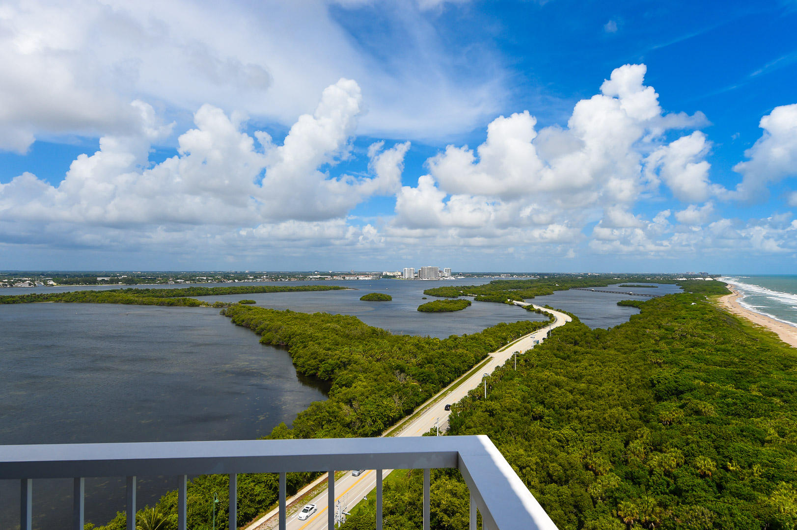 WATER GLADES SINGER ISLAND REAL ESTATE