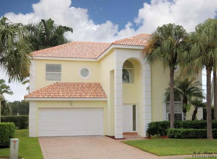 3221 El Camino Real  West Palm Beach FL 33409