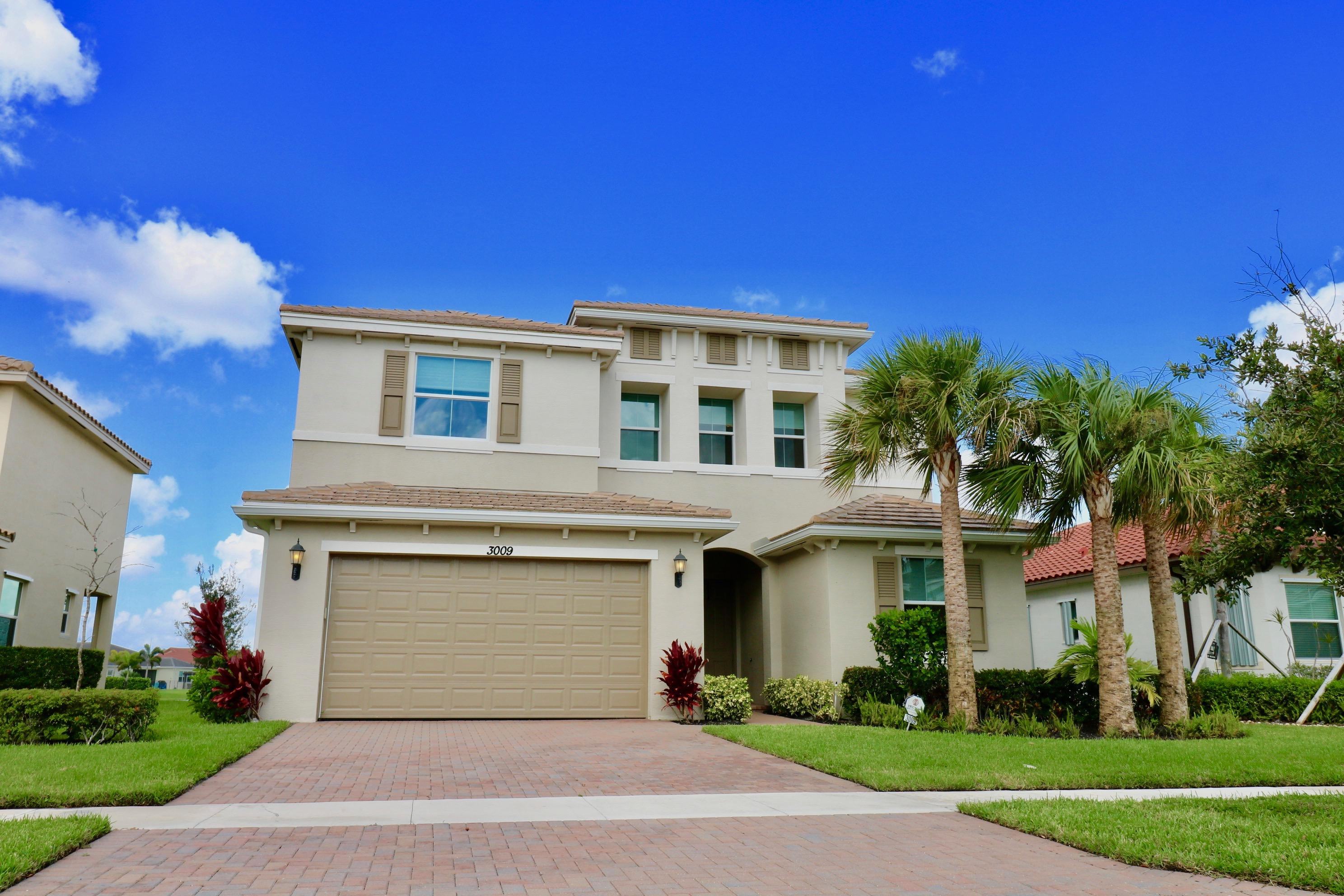3009 Strada Court Royal Palm Beach, FL 33411