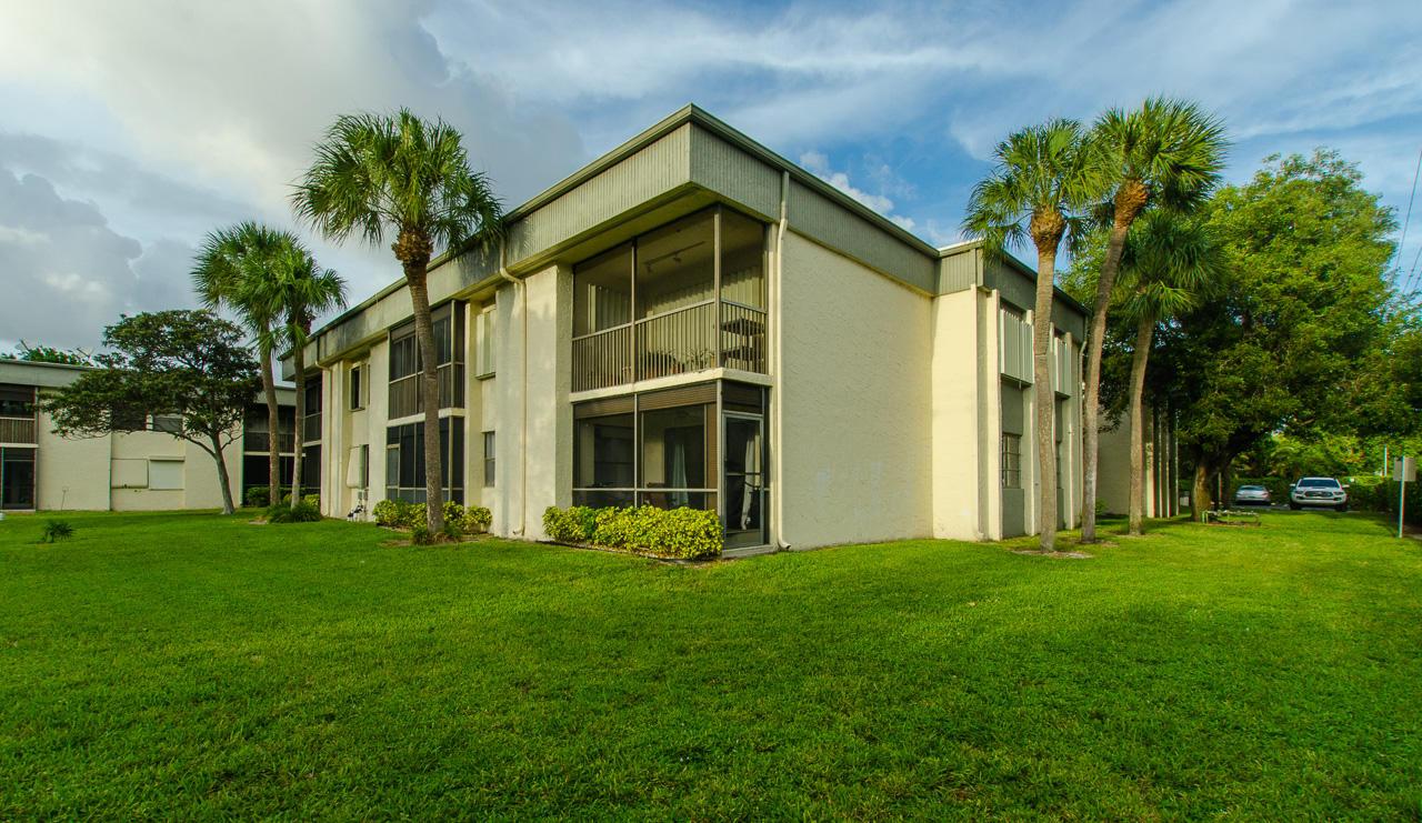 Home for sale in TOWNE GREENE CONDO Deerfield Beach Florida
