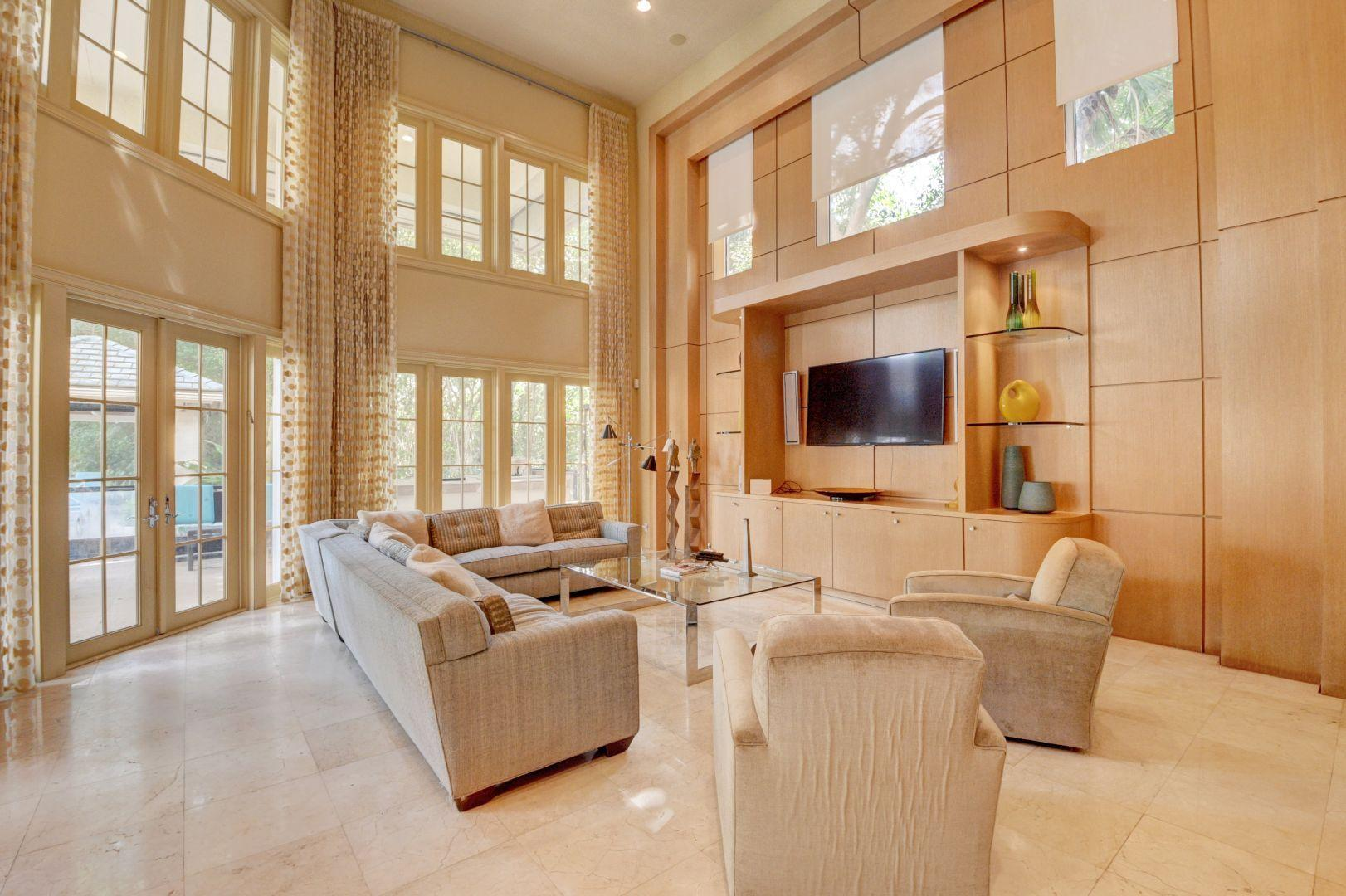 WOODFIELD COUNTRY CLUB HOMES